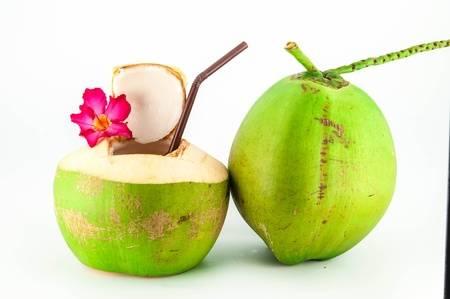Những Công Dụng Của Quả Dừa Đối Với Sức Khỏe Của Con Người