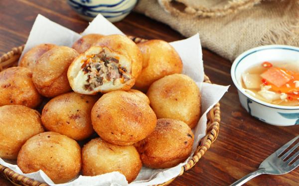 Bánh rán bao nhiêu calo? Ăn bánh rán có béo không?