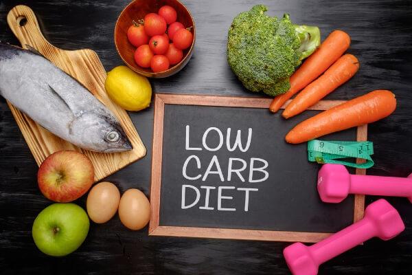 Thực đơn giảm cân low carb là gì?