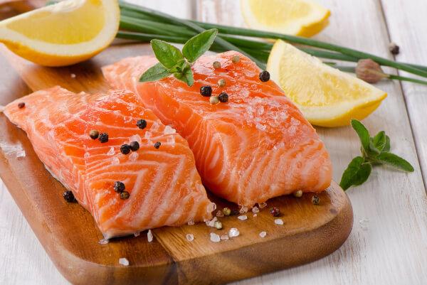 Ăn gì tăng cân? Những món ăn tăng cân cho người gầy