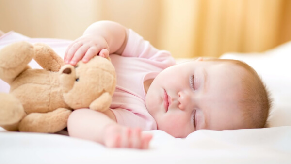 Tăng cân ở trẻ sơ sinh: Những điều mẹ cần biết